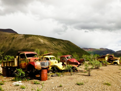 Abandoned_trucks_on_the_Canol_Heritage_Trail